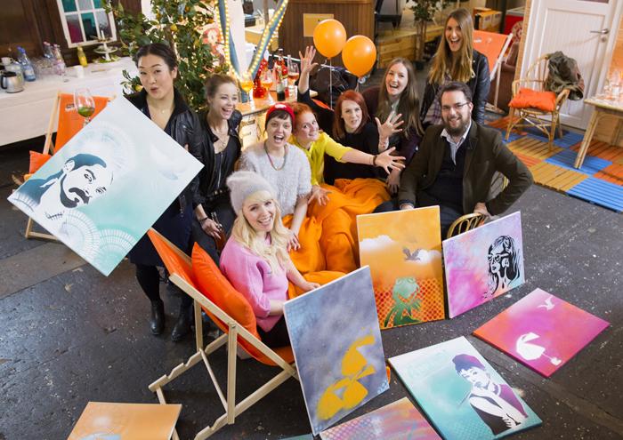 """Die Blogger mit ihren """"Kunstwerken"""""""