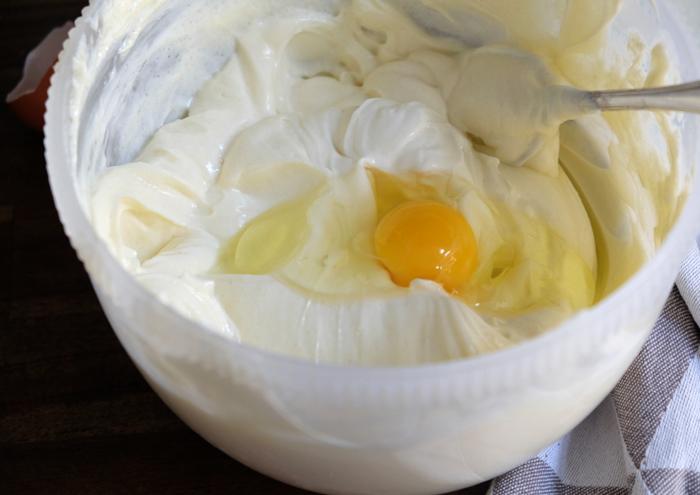 Eier nacheinander hinzufügen