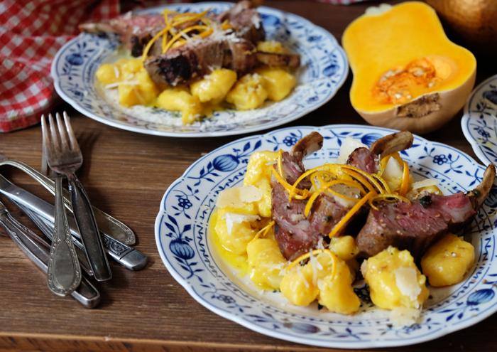 Kürbis-Gnocchi mit Lammkarree