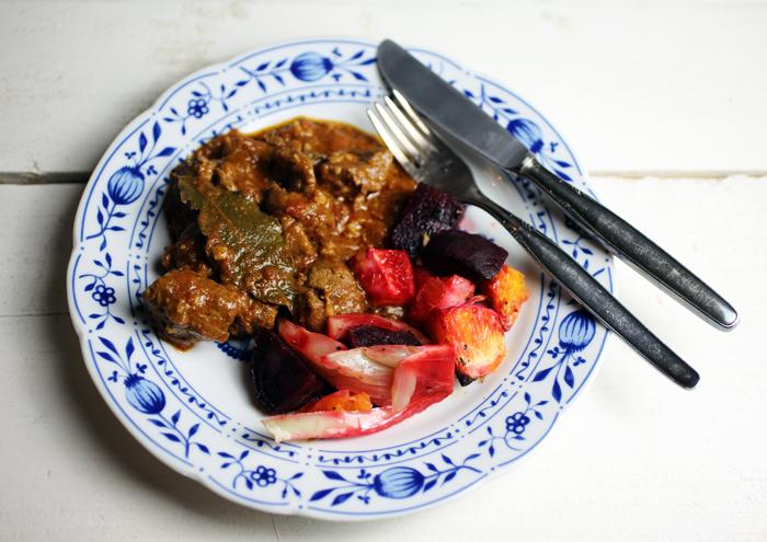 Lammcurry mit Ofengemüse nach Paleo-Art