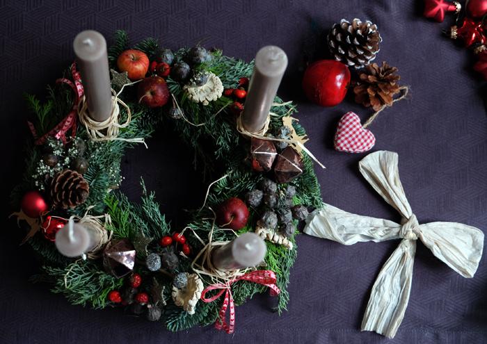 Advent, Advent ein Lichtlein brennt – Adventskranz von Fraeuleinchen