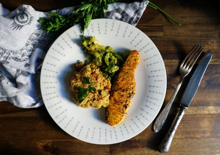 Schnelles Abendbrot mit Couscous und Lachs