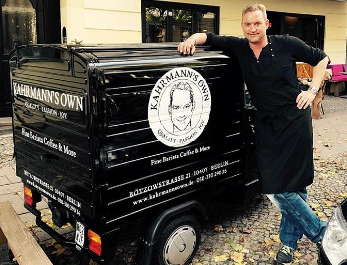 Fraeuleinchen im Gespräch mit Schauspieler und Café-Besitzer Christian Kahrmann