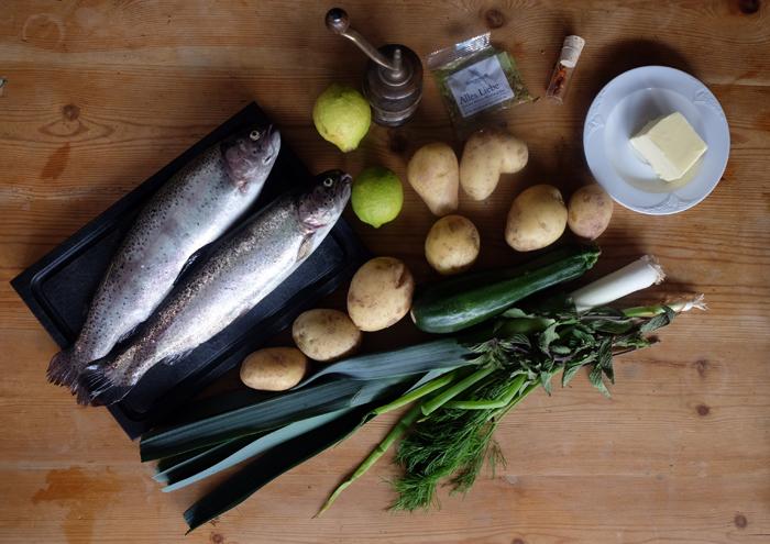 Die Zutaten für Forelle vom Grill mit Gemüse
