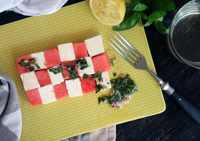 Sonntagsgericht: Schneller Sommersalat mit Wassermelone und Feta