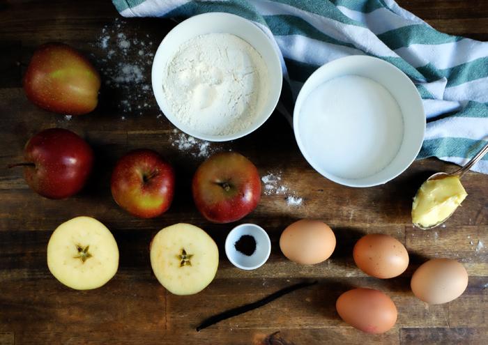 Die Zutaten für den Apfelkuchen