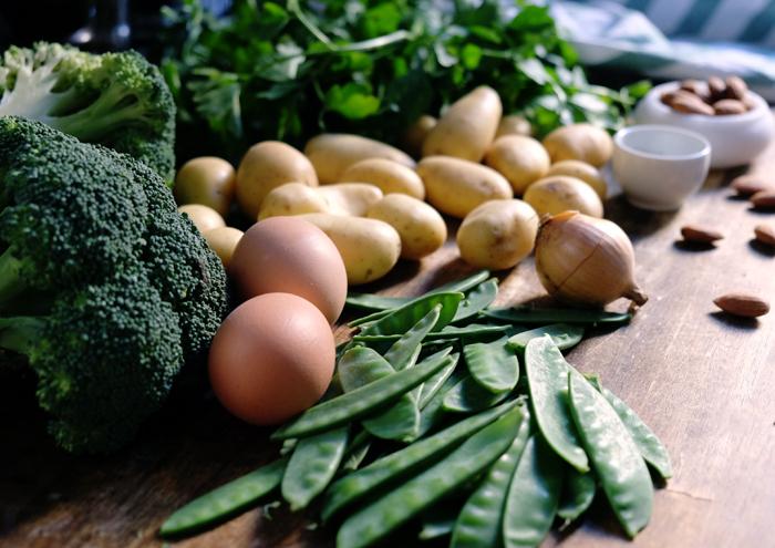 Die Zutaten für die knackige Gemüsepfanne