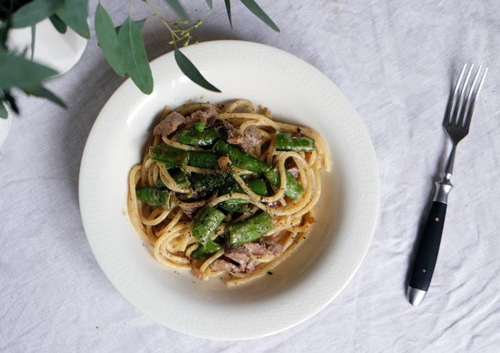 Spaghetti, Rind und frisches Gemüse