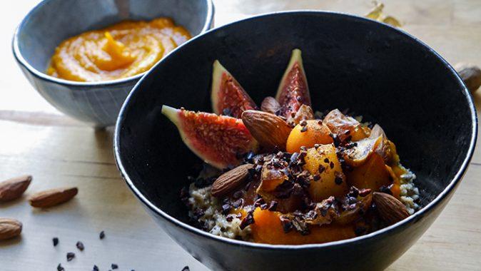 Sonntagsgericht – Kürbis Porridge mit kandierten Birnen