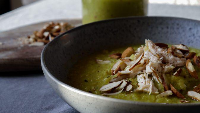 Sonntagsgericht – DetoxBlumenkohl-Avocado-Suppe