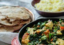 Palak Paneer –indischer hausgemachter Käse mit Spinat