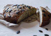 Frisches Low-Carb-Brot ganz ohne Getreide